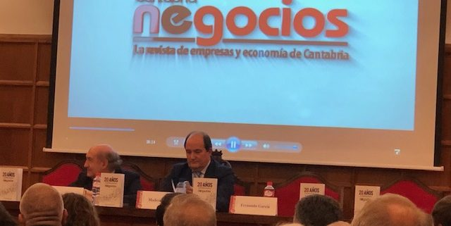 Asistimos el día 3 de diciembre a la presentación del libro de Eduardo Zúñiga Pérez del Molino.